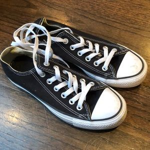 Black Converse Sneakers size 6.5